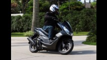 Teste: Yamaha NMax 160 mostra suas armas para o Honda PCX 150