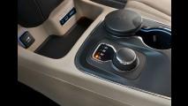 Dodge Durango 2015 chega por R$ 239,9 mil com retoque visual e câmbio de 8 marchas