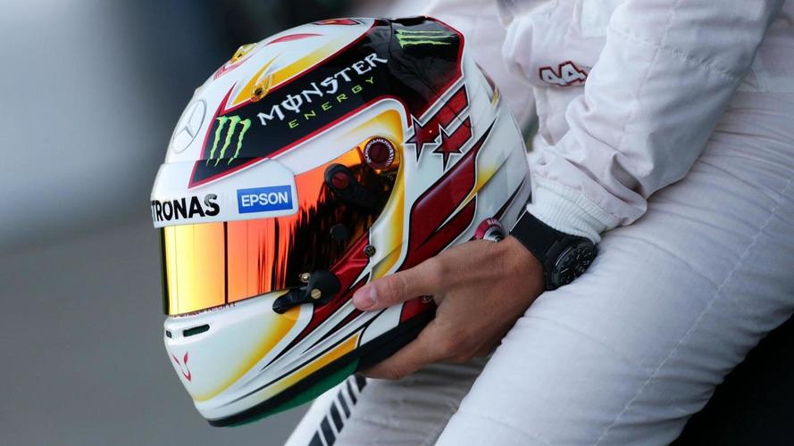 Massa, Lauda support helmet livery change ban