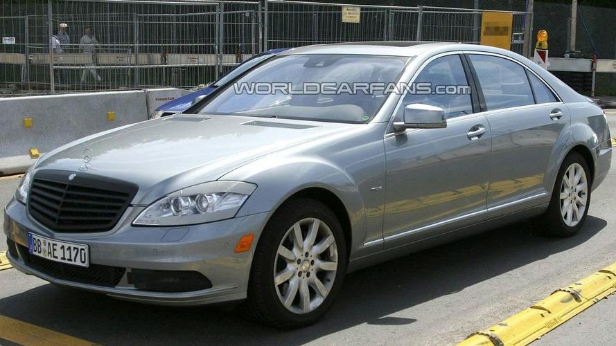 Best Shots Yet of Mercedes S-Class Facelift