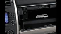 10.000 Wunschtitel auf Knopfdruck: Mercedes-Benz mobilisiert Apple iPod