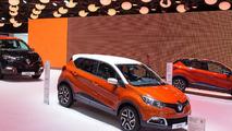 2013 Renault Captur production version at 2013 Geneva Motor Show