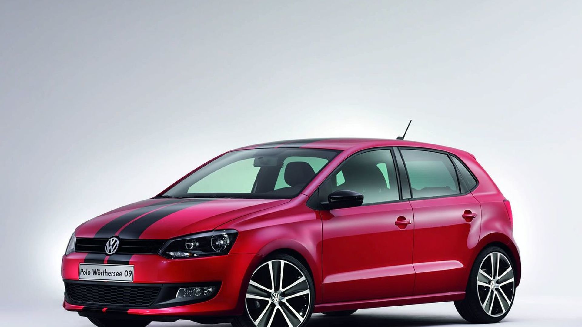 volkswagen polo gti 5 porte news and reviews. Black Bedroom Furniture Sets. Home Design Ideas