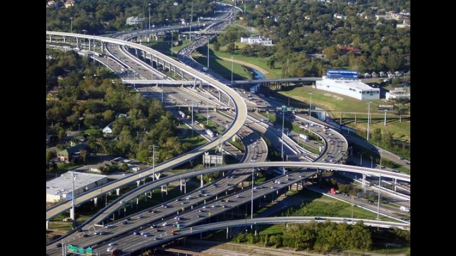 Texas aprova o limite de velocidade de 85 mph (137 km/h), o mais alto dos EUA