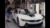 BMW i8: vídeo mostra como o superesportivo híbrido é produzido
