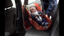 Bimbi in auto, il primo viaggio