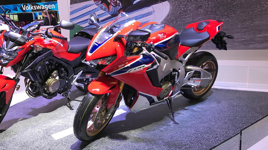 Buenos Aires - Honda mostra a superesportiva CBR 1000RR Fireblade
