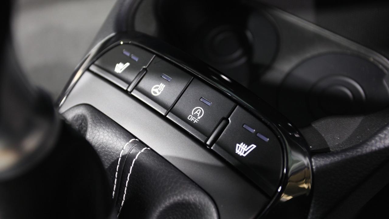 Kia Niro Car Seats  Across