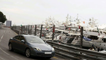 New Renault Laguna Coupe Hot Laps in Monaco