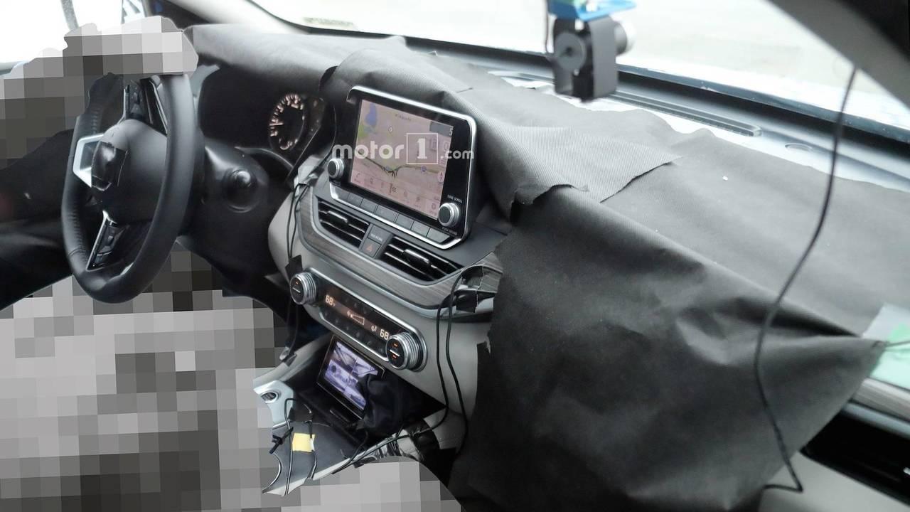 2019 Nissan Altimat Interior Spy Photos