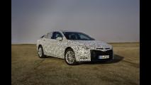 Nuova Opel Insignia Grand Sport, il prototipo su strada 020