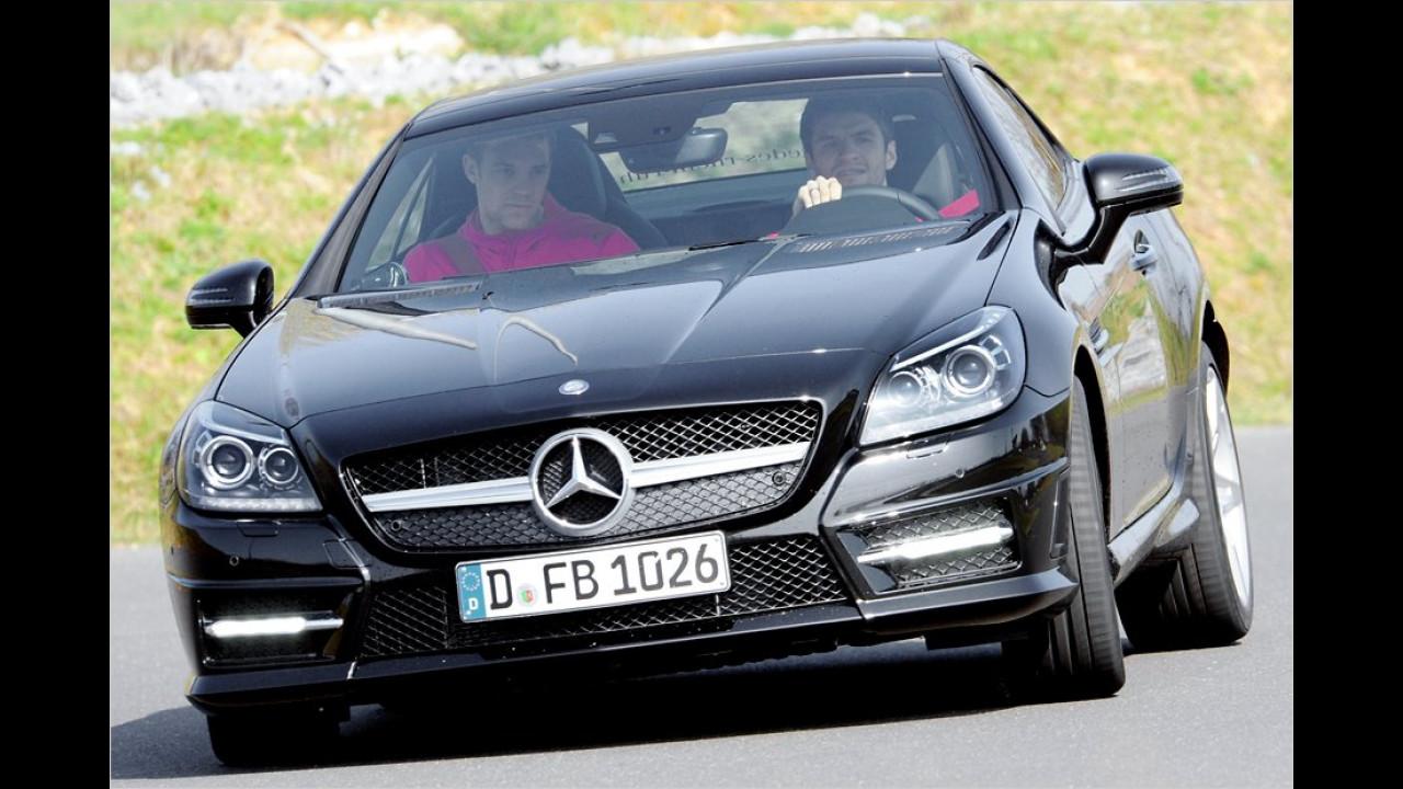 Thomas Müller und Manuel Neuer: Mercedes SLK