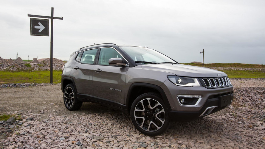 Jeep Compass 2018 chega mais equipado (e caro)