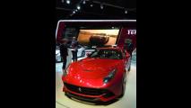 Montezemolo allo stand Ferrari