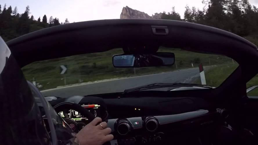 Disfruta del Ferrari LaFerrari en un tramo cortado de montaña