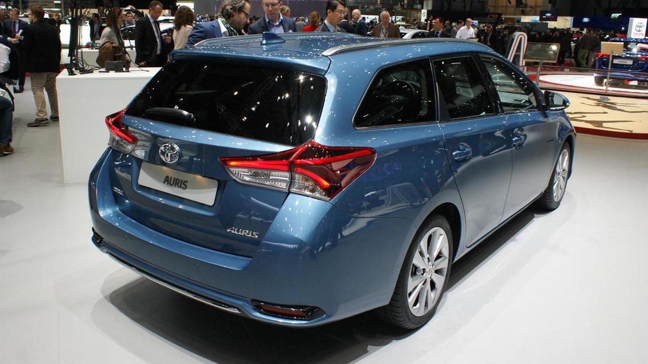 AUTO.RIA – Продажа Тойота Аурис бу: купить Toyota Auris в ...