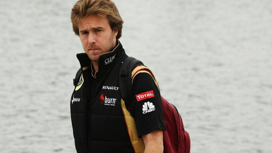 Lotus to replace reserve driver Valsecchi - report
