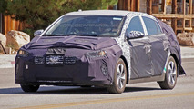 2016 Hyundai hybrid electric vehicle prototype spy photo