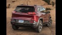 Jeep quer ser pioneira ao conciliar tecnologia híbrida com capacidade off-road