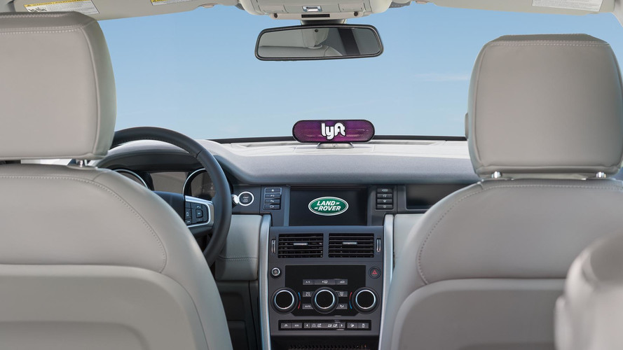 https://icdn-7.motor1.com/images/mgl/PwxX4/s4/jaguar-land-rover-announces-lyft-investment.jpg