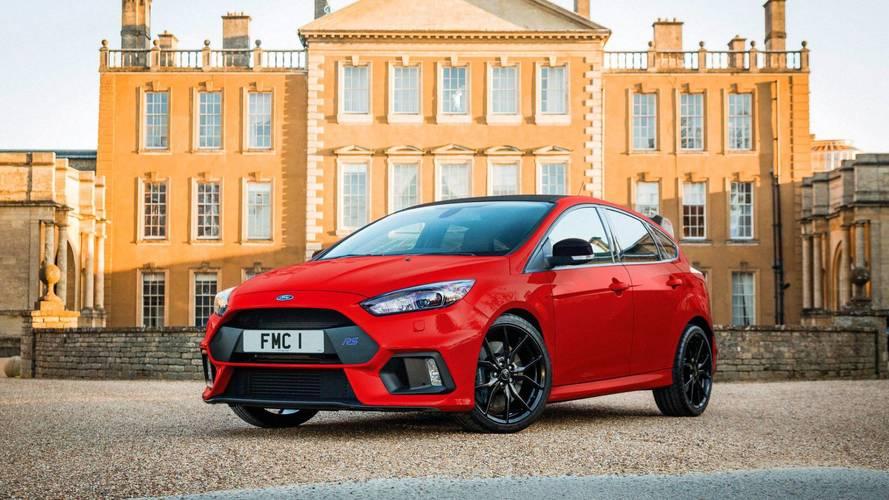 Karácsonyi ajándékként érkezett meg a Ford Focus RS Red Edition