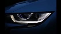 Novos faróis a laser da BMW custam o mesmo que um Fiat 500
