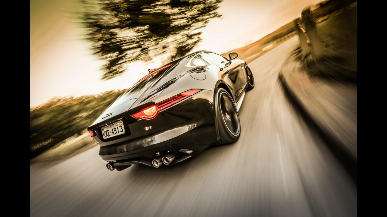 Nova parceria: modelos Jaguar e Land Rover usarão motor V8 da BMW