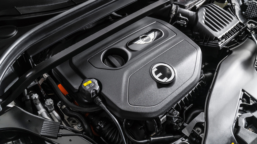 Oops, Mini promo says Countryman hybrid has twin-turbo engine