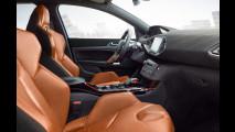 Peugeot 308 R Hybrid, prime immagini