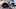 Vidéo - Un motard défie une Tesla Model S avec humour