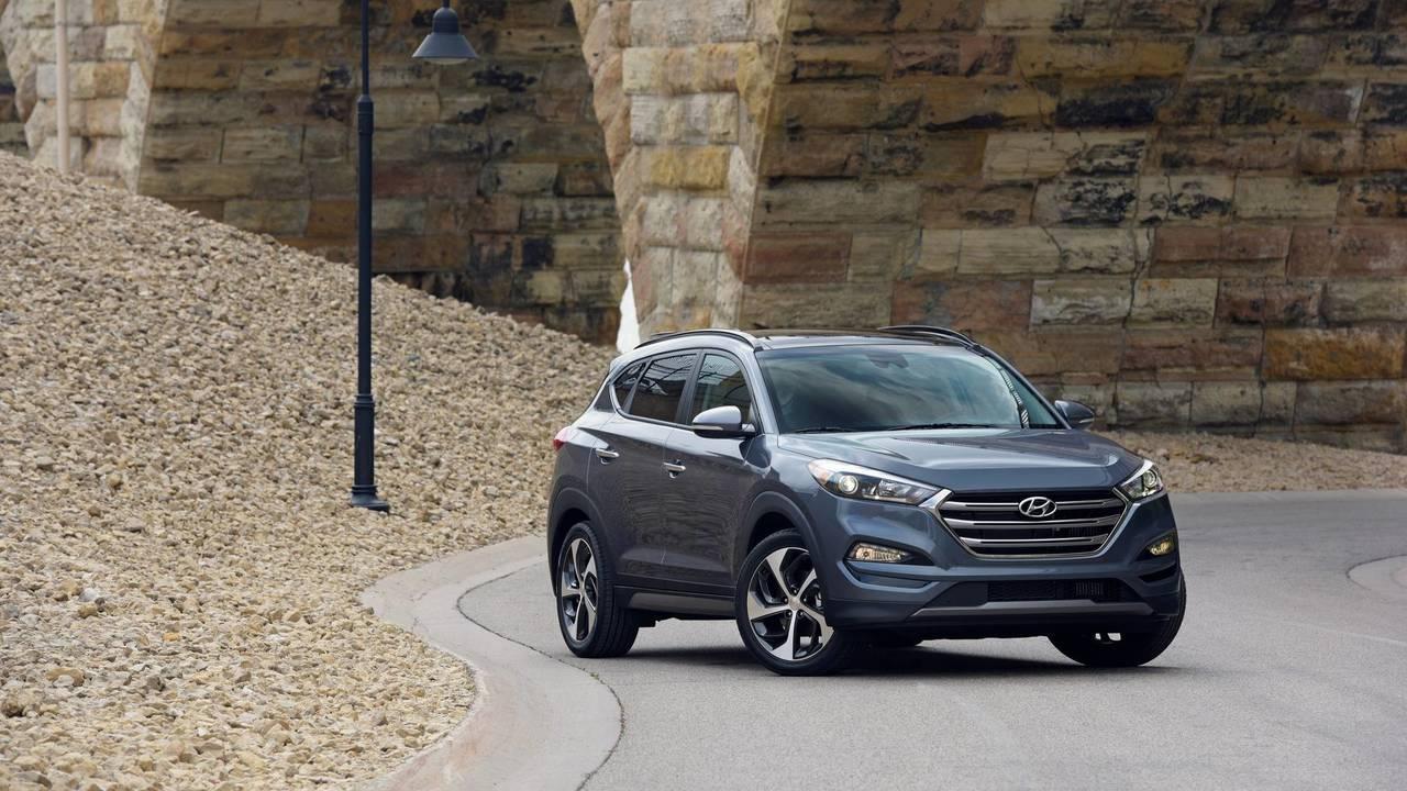 Captivating Hyundai Tuscon Eco: 26/32 Mpg