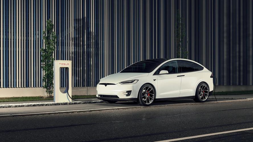 Egy Tesla Model X lett a Novitec első átalakított elektromos autója