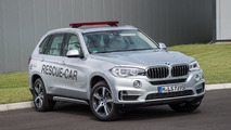 BMW X5 xDrive40e rescue vehicle for Formula E