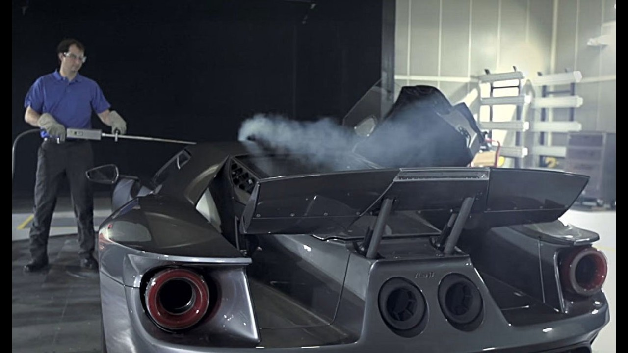 Últimos detalhes: Ford GT passa por túnel de vento antes de chegar às ruas