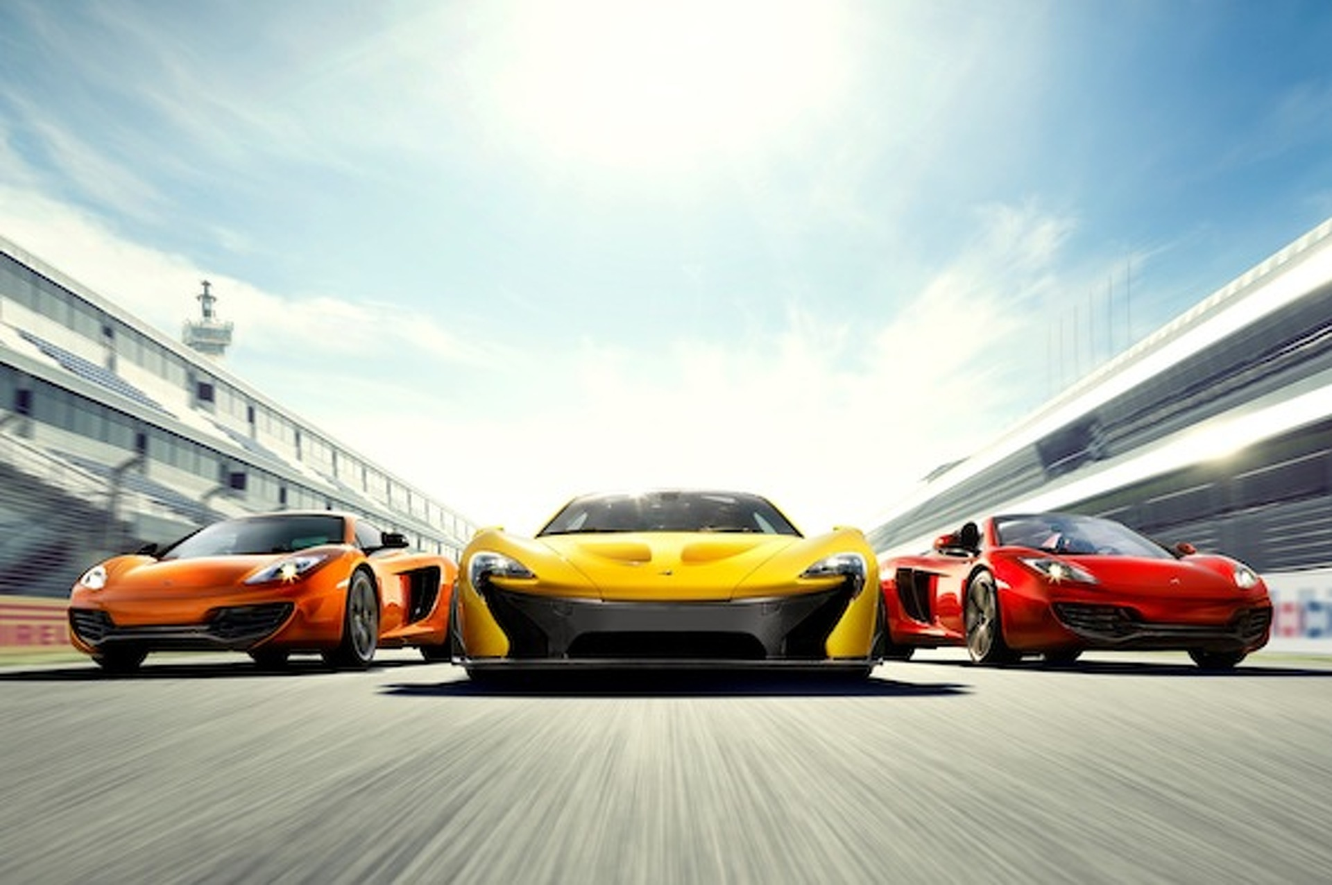 Wheels Wallpaper: McLaren Trio