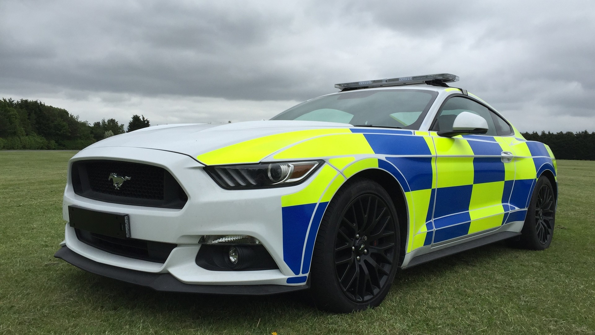 ford mustang uk police car prototype could be crushed. Black Bedroom Furniture Sets. Home Design Ideas