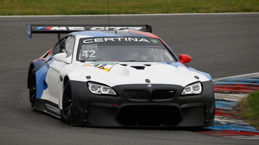 BMW M6 GT3, 2018 için yeni Evo paketini test ediyor