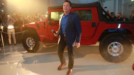 490 lóerős elektromos Hummerről rántotta le a leplet Schwarzenegger