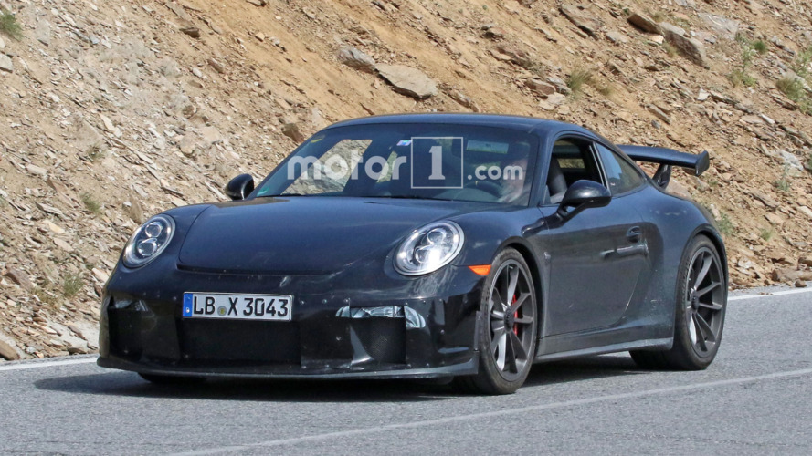 Refreshed Porsche 911 GT3 spied with camouflaged manual gearbox