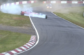 Watch a Honda S2000 Crash at Nürburgring While One Wheel Keeps Racing