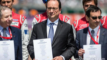 FIA Road Safety photoshoot: FIA President Jean Todt, France President François Hollande and ACO President Pierre Fillon, 24 Hours of Le Mans 2015