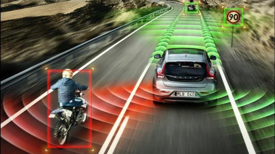 Sicurezza: le auto migliorano del 50% ogni decennio