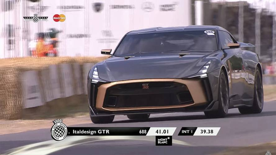 La Nissan GT-R50 by Italdesign sulla collina di Goodwood