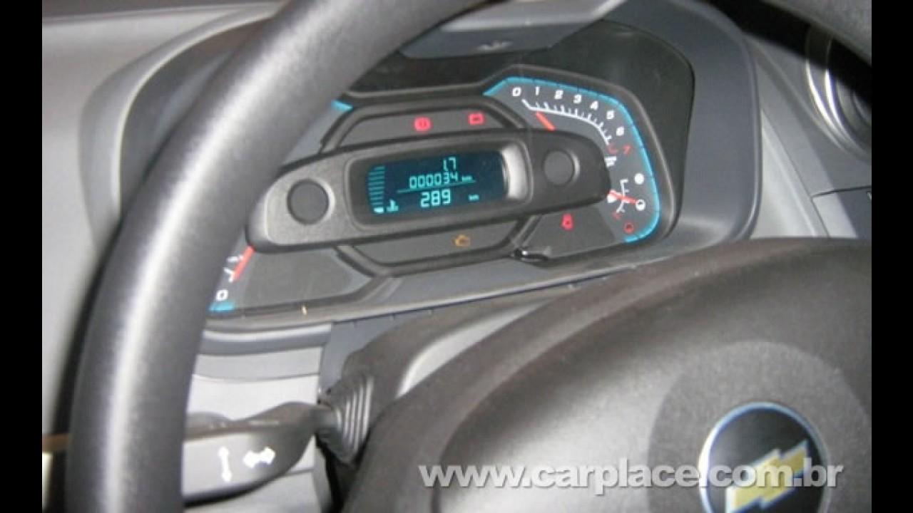 Novo Chevrolet Agile - Novas fotos de unidades flagradas revelam mais detalhes e a traseira