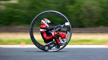 Englishman sets monowheel world speed record