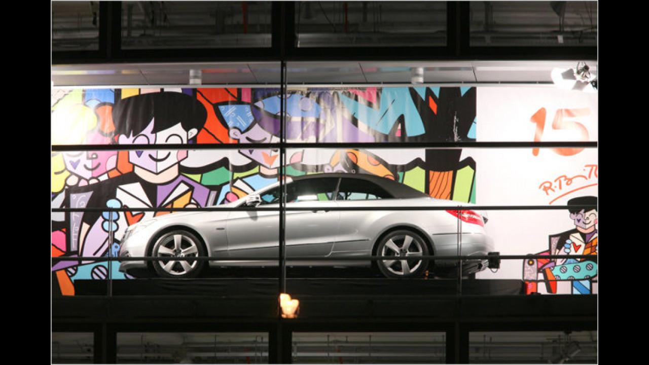 15. Dezember: Mercedes E-Klasse Cabrio, mit Romero Brittos ,Let`s travel