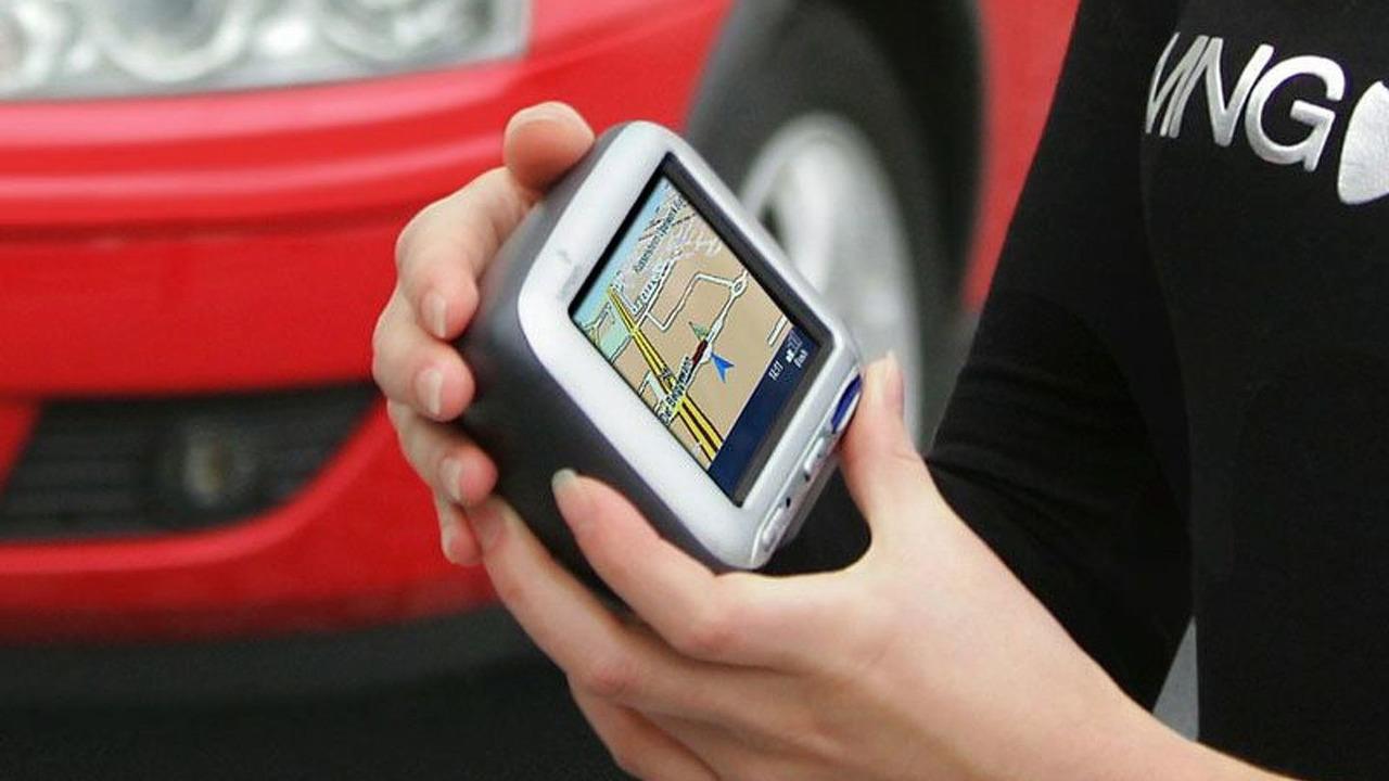 TomTom GO 300 navigation system