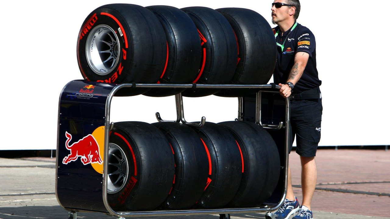 Red Bull Racing, Pirelli tyres, Korean Grand Prix, 13.10.2011