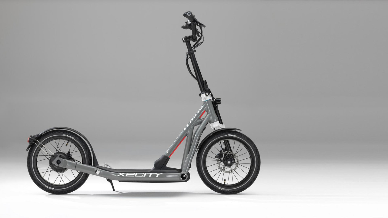 BMW X2City kick scooter with electric drive