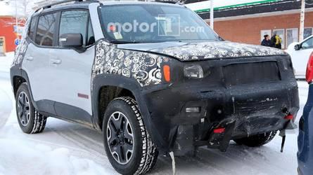 Flagra - Novo Jeep Renegade 2019 aparece em testes